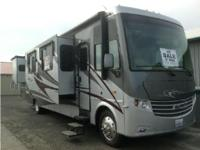 2011 Newmar Canyon Star M3856 Class A. 26000 Ford