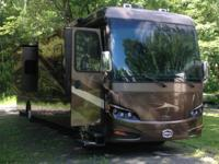 2011 Newmar Ventana M-3962. Freightliner Chassis-
