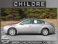 Take a look at this super nice 2011 Nissan Altima 2.5SL