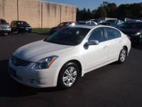 For sale is a 2011 Nissan Altima SL. Loaded with