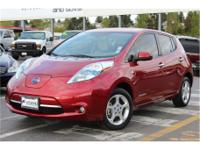 Exterior Color: red, Body: Hatchback, Engine: Electric,