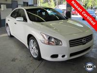 2011 Nissan Maxima S in the best color combo!! **