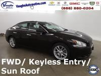 This Nissan was a Trade In, Power Sunroof / Moonroof,