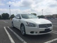 2011 Nissan Maxima with 160,000 miles (highway) nice