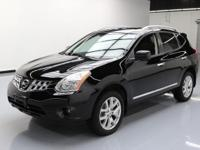 This awesome 2011 Nissan Rogue 4x4 comes loaded with