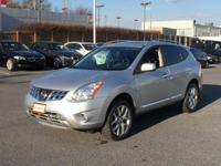 THIS NISSAN ROGUE sv COMES WITH LEATHER INTERIOR A