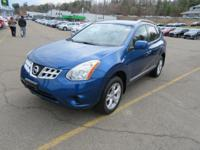 Our beautiful 2011 Rogue SV will impress you with its