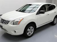 This awesome 2011 Nissan Rogue comes loaded with the