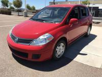 This 2011 Nissan Versa 1.8 S is a great option for