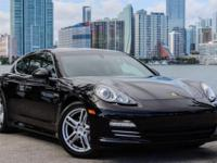 ONE OWNER CLEAN CARFAX PANAMERA 4S WITH REMAINDER OF