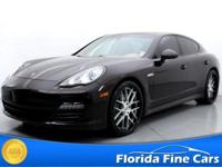 Panamera trim. Heated Leather Seats, Navigation,