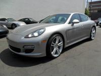 THIS BEAUTIFUL PANAMERA V6 COMES VERY WELL EQUIPPED