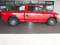 PREMIUM & KEY FEATURES ON THIS 2011 Ram 1500 include,