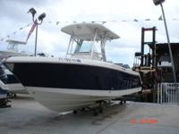 2011 ROBALO R240 (2) owner boat. Twin Yamaha Four
