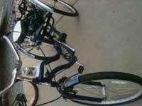 2011 blue Schwinn tricycle hardly used just bought 4