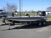 Description 225 SHO team boat, HDS7, HDS5, Fortrex,