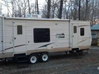 2011 SunnyBrook Edgewater M255RKE. This Camper is in