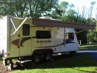 Like New 2011 Surveyor SP189 Sport Travel Trailer,