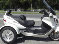 2011 SUZUKI BURGMAN 650CC TRIKE EXECUTIVE EDITION