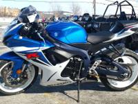 2011 Suzuki GSX-R600 clean and ready for Spring