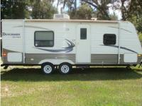 RV Type: Travel Trailer Year: 2011 Make: Thor Motor