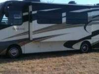 2011 Thor Serrano Four Winds in Excellent Condition