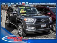 CLEAN CARFAX, 4WD, LEATHER, NAVIGATION, and BACKUP