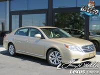 This Toyota Avalon has a strong Gas V6 3.5L/211 engine