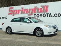 2011 toyota avalon limited loaded with features and