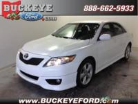 Wow! This Toyota Camry looks Great! It comes set with a