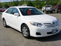 Come see this 2011 Toyota Camry . It has a transmission
