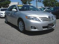 XLE trim. FUEL EFFICIENT 29 MPG Hwy/20 MPG City! CARFAX