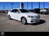 CARFAX 1-Owner. EPA 32 MPG Hwy/22 MPG City! SUPER WHITE