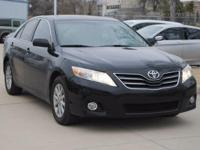 Clean CARFAX. BLUETOOTH, Camry XLE, 4D Sedan, 3.5L V6