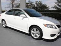 TOYOTA CERTIFIED! This 2011 Toyota Camry SE w/ 17-Inch