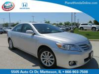 Recent Arrival! 2011 Toyota Camry XLE Silver ** LEATHER