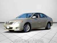 2011 Toyota Camry Sandy Beach Metallic XLE FWD 6-Speed