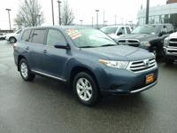 This outstanding example of a 2011 Toyota Highlander SE