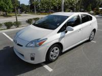 2011 TOYOTA PRIUS CARFAX 1 OWNER NO ACCIDENTS FL CAR