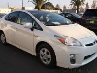 This 2011 Toyota Prius Four Hatchback 4D features a