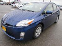 EPA 48 MPG Hwy/51 MPG City! CARFAX 1-Owner, LOW MILES -