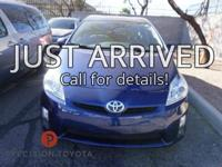 **One Owner**, -Clean Carfax-, Prius Two, 5D Hatchback,