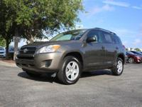 2011 Toyota RAV4 4WD, *** CLEAN VEHICLE HISTORY REPORT
