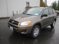 Exterior Color: pyrite mica, Body: SUV, Engine: I4