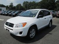 Exterior Color: super white, Body: SUV, Engine: Gas V6