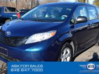 2011 *Toyota* *Sienna* V6 This Clean Carfax 2011 Toyota