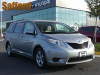 1 Owner Clean Carfax! Toyota Sienna LE 2011 3.5L V6