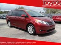 Options:  2011 Toyota Sienna Xle|Red/|V6 3.5L