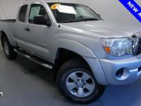 4WD. Clean CARFAX. Priced below KBB Fair Purchase