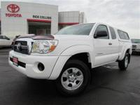 Extended cab four wheel drive!! This 2011 Toyota Tacoma
